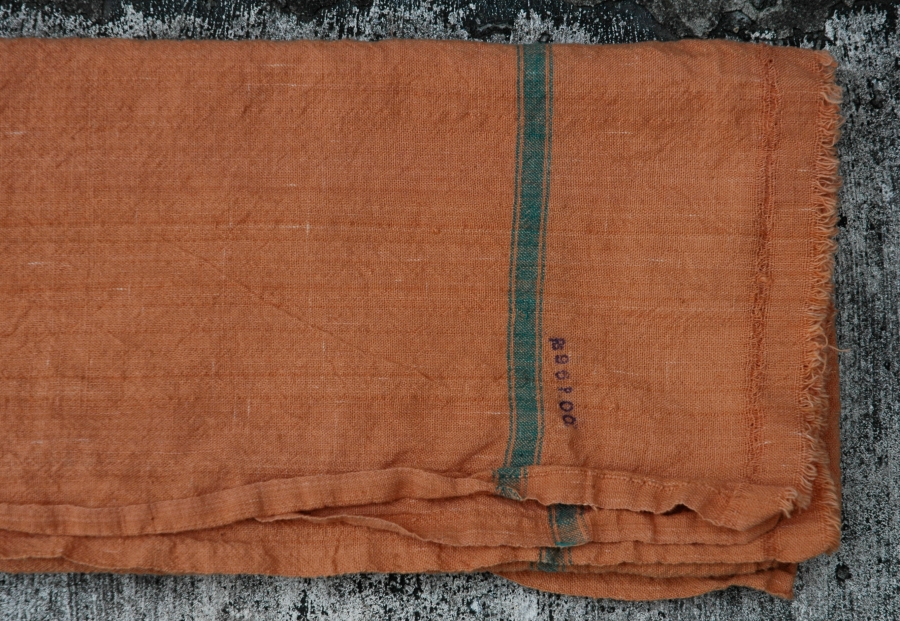 NATURAL DYE RUSTIC TOWEL